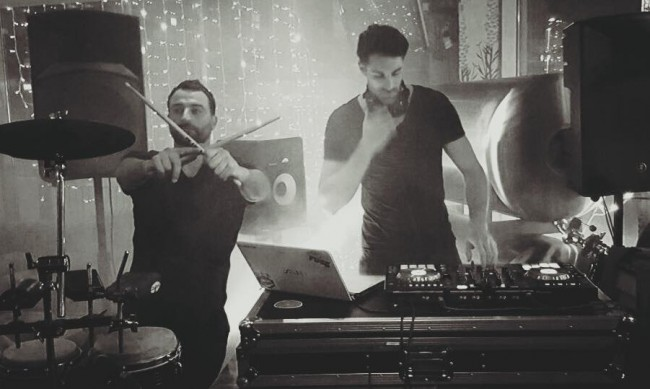 Live Percussion and DJ combined together to give a unique DJ and Drums Live show