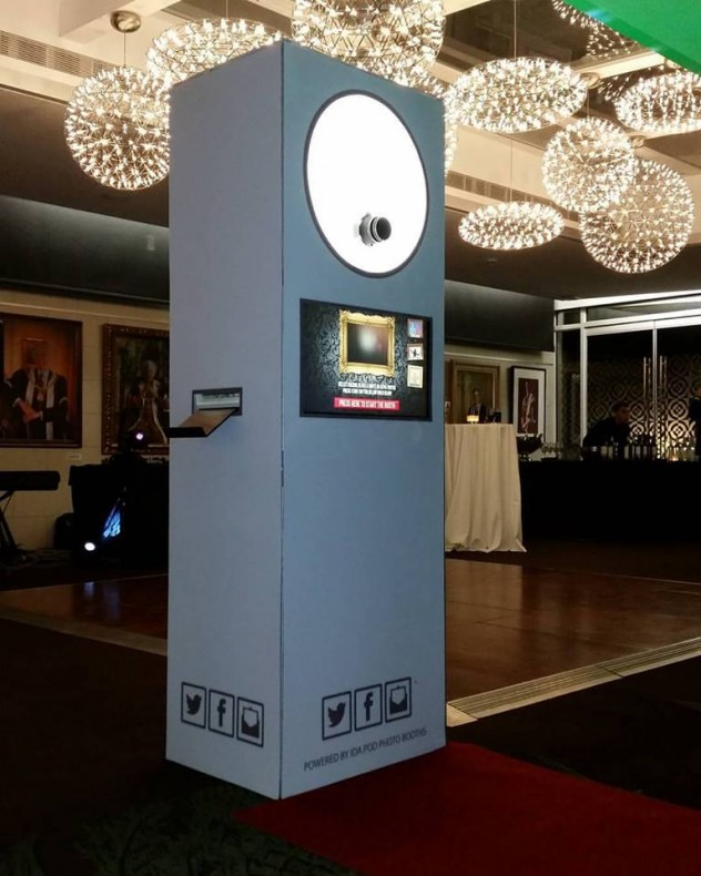 Hire a Selfie Booth for the London, Kent, Surrey and Essex area.