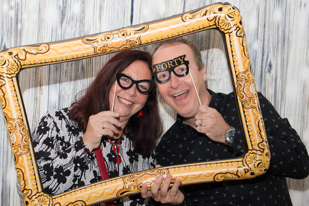 Professional Photographer with open photo booth in Kent.
