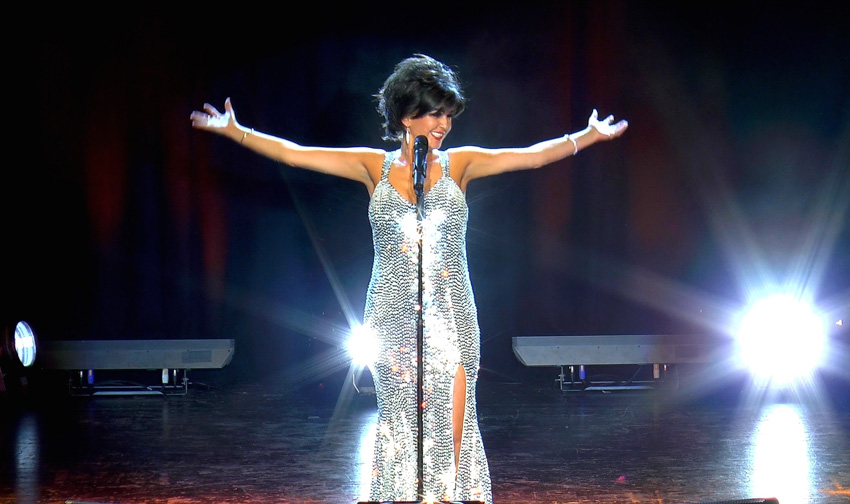 Joanne is the number 1 Shirley Bassey tribute in the UK.